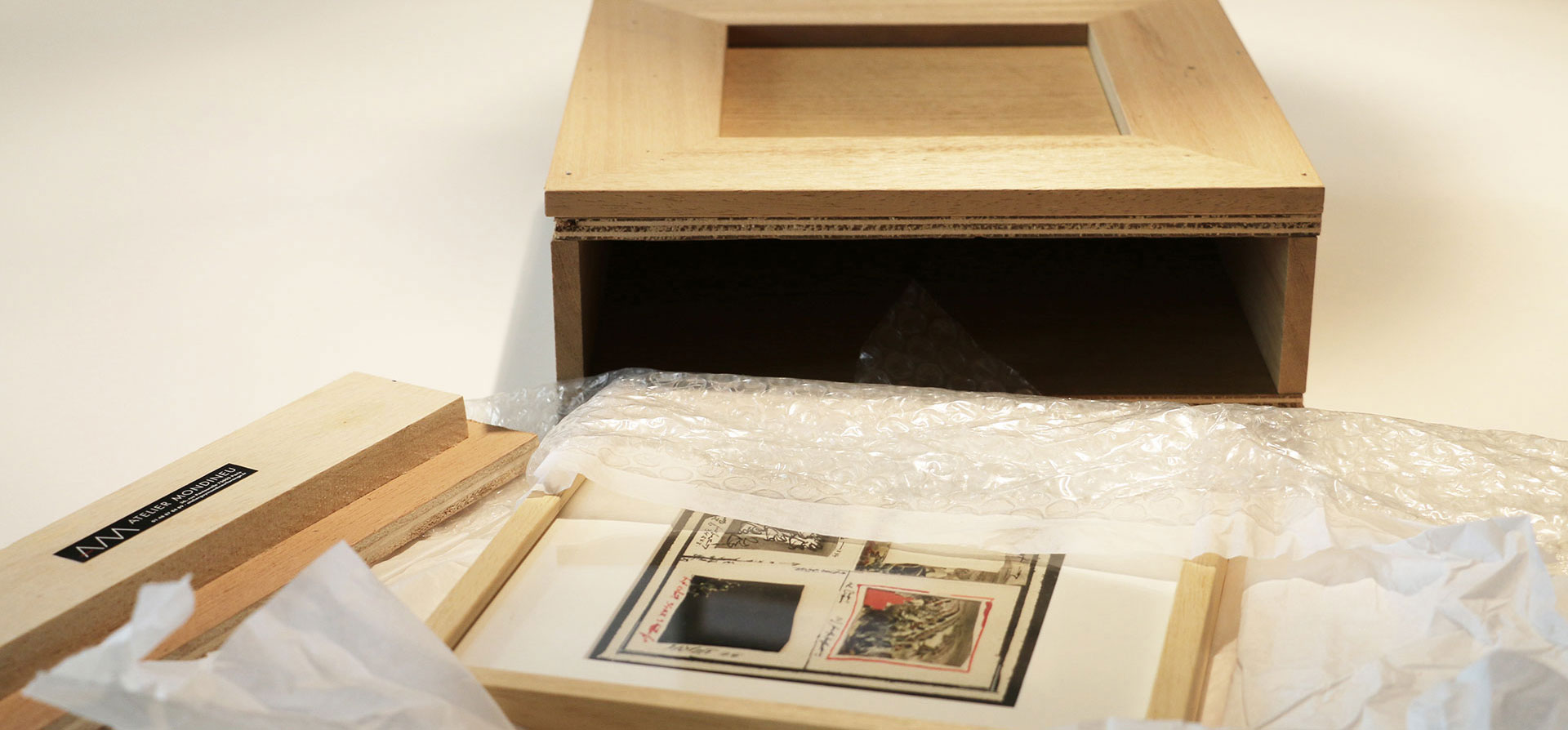 Protect your artwork by using are highly-qualified packaging services